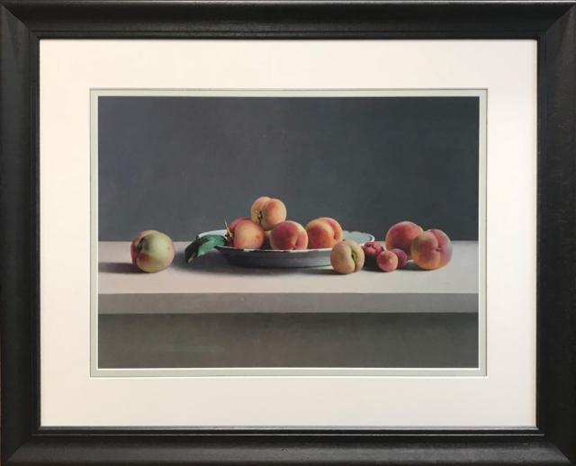 Perziken in witte schaal – Henk Helmantel – Art center Hoorn