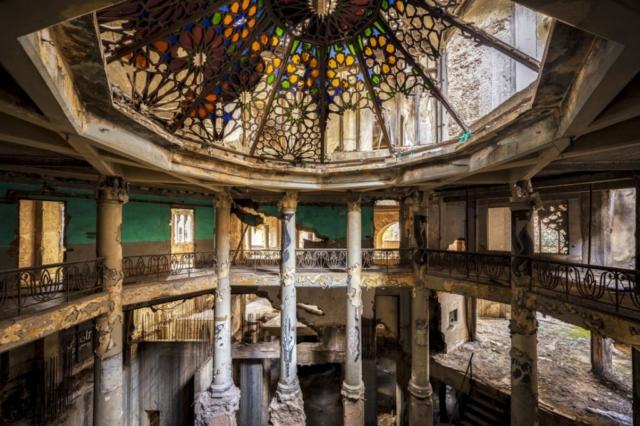 James Kerwin - Glazed over - Art Center Hoorn