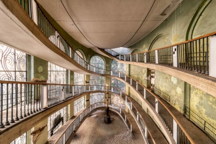 Twirls & Soviet Swirls - James Kerwin - Art Center Hoorn